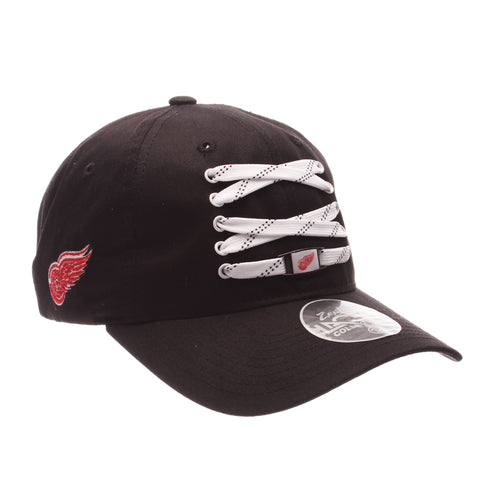 Detroit Red Wings Lacer Strapback