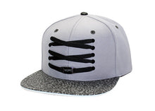 Load image into Gallery viewer, Wolf Snapback