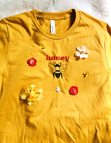 embroidered honeybee t-shirt