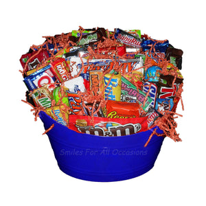 Lots Of Candy Bucket