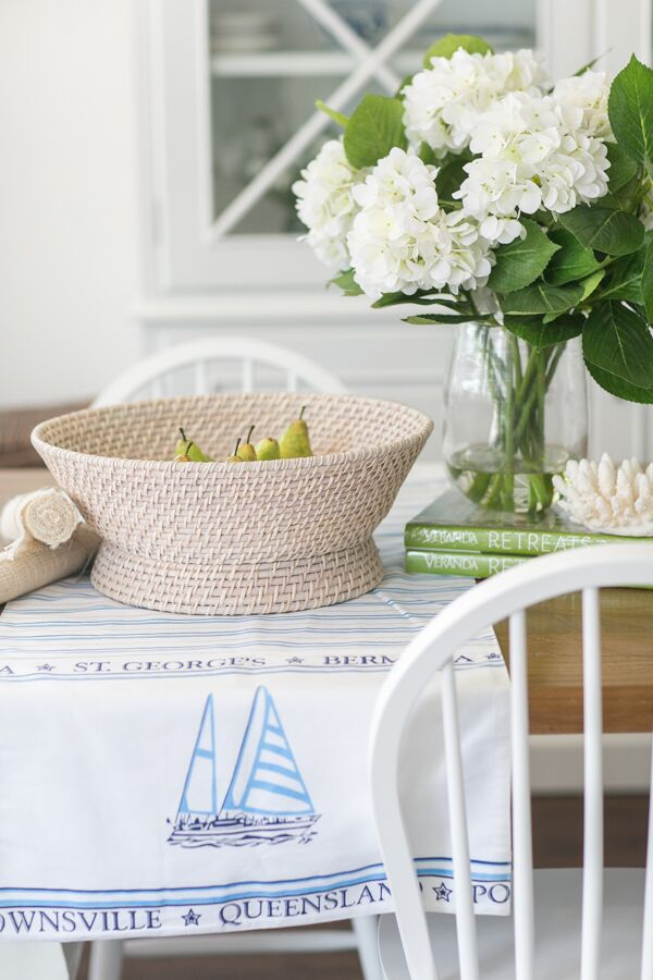 Get the Hamptons look: Dining Table Styling made easy