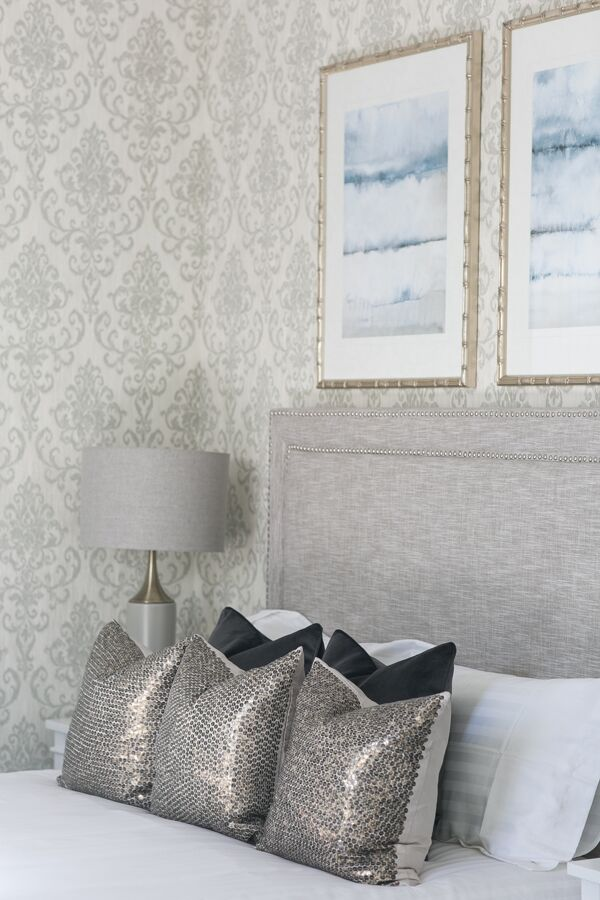 An elegant touch to your Hamptons Bedroom