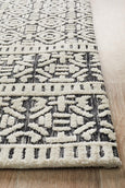 Hastings Ivory/Black Rug