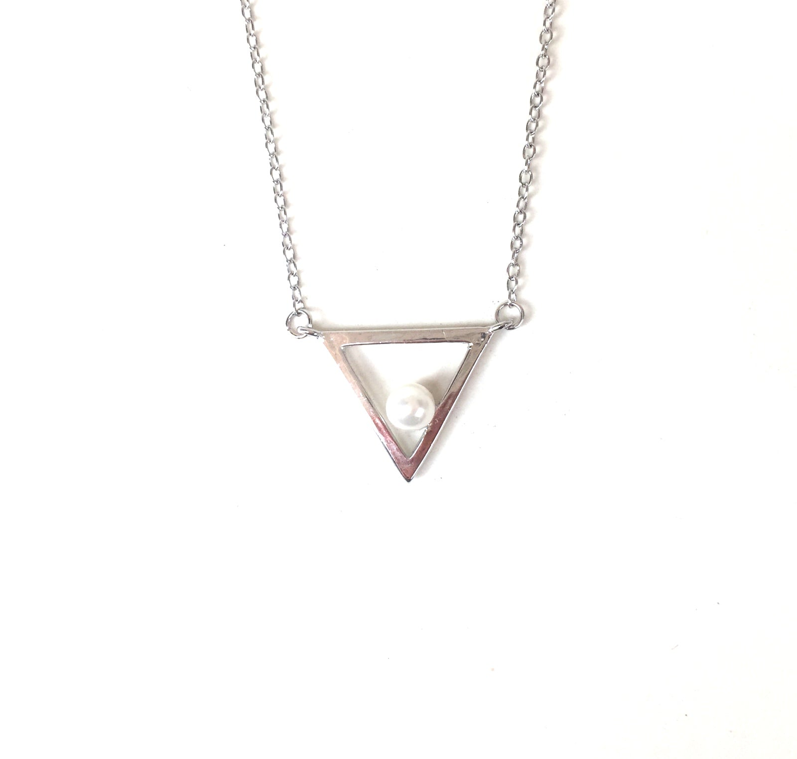 SMALL PEARL IN TRIANGLE STERLING SILVER NECKLACE