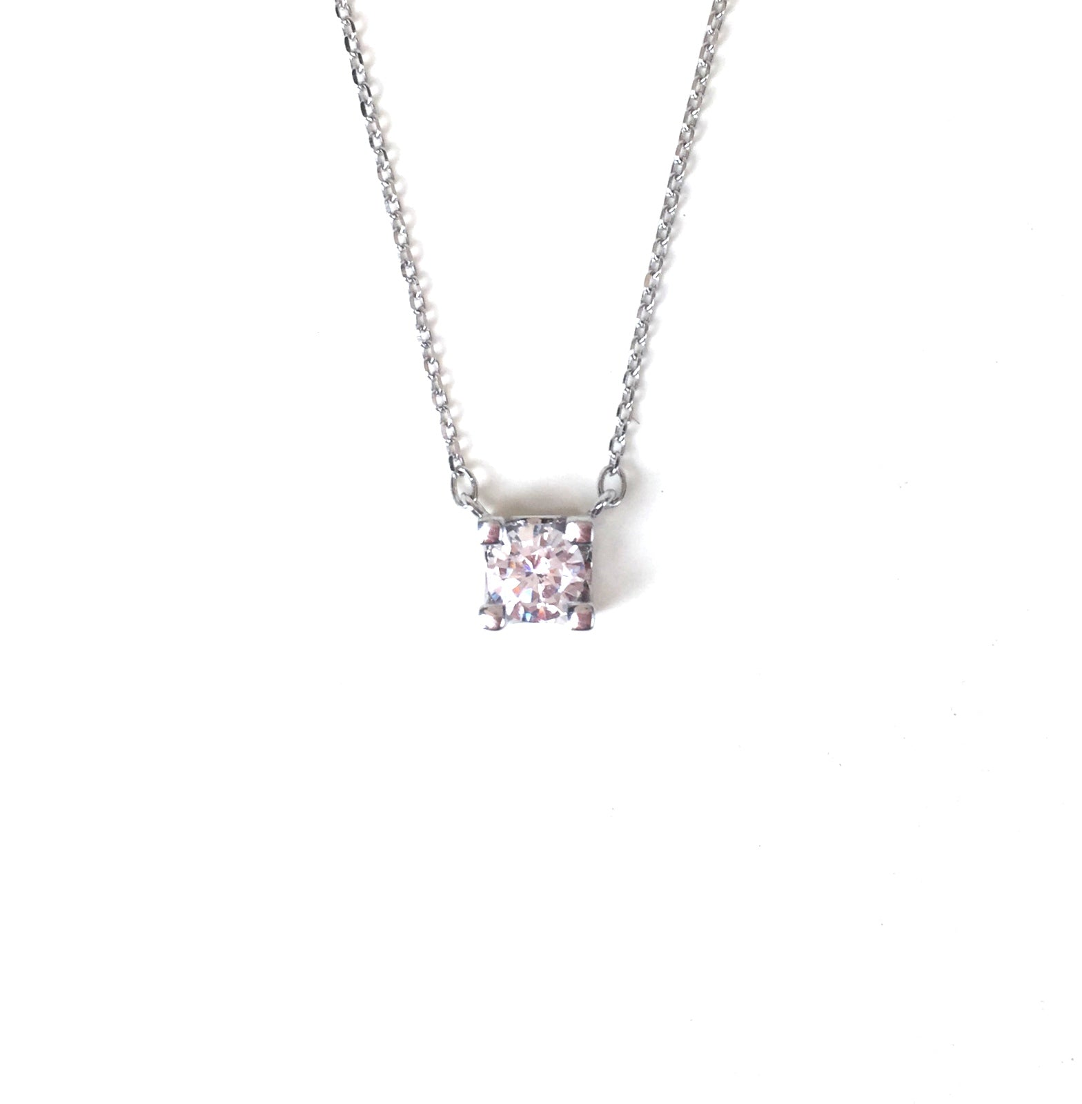 LITTLE SQUARE STERLING SILVER NECKLACE