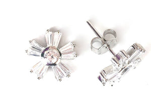 SPARKLING FLOWER STUD CLEAR CZ STERLING SILVER EARRINGS