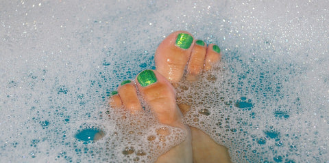 detox soak with bath salts and essential oils