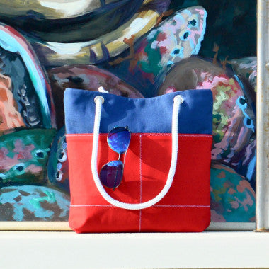 American Tote {pocket}