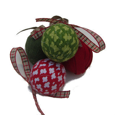 Organic Bulb Ornament {Red & Green}