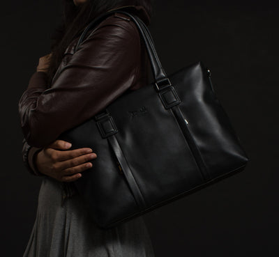 PRE-ORDER! Doshi Tablet Brief 2 - Women's Business Bag - Vegan - Doshi FCSA