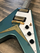 Load image into Gallery viewer, Gibson Custom '59 Flying V Pelham Blue