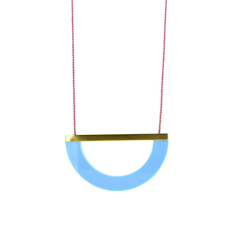 ACRYLIC/BRASS ARC NECKLACE- BLUE
