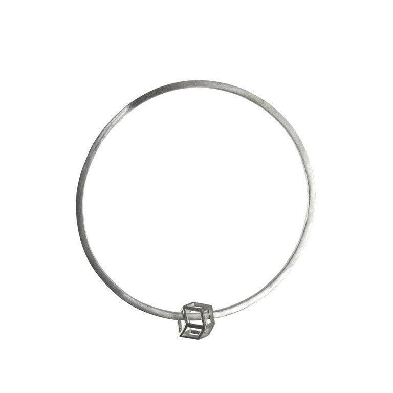 Rhombic bangle silver