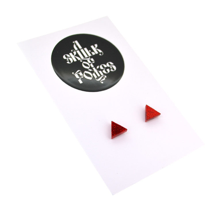 GLITTER STUDS TRIANGLE - 4 COLOURS TO CHOOSE FROM!