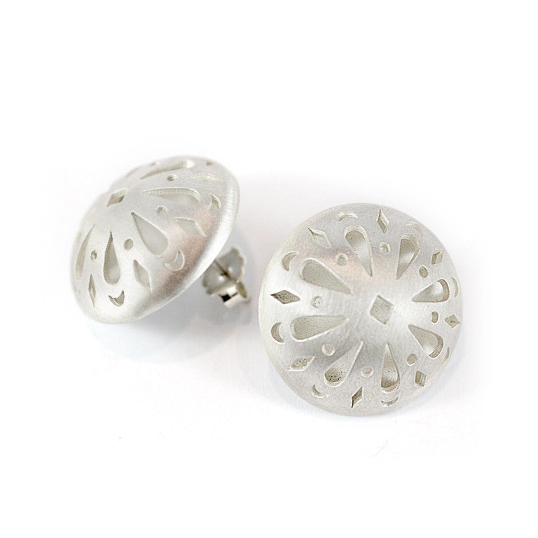 ISABELLA DOMED STUDS