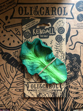Load image into Gallery viewer, Oli & Carol Kendall the Kale