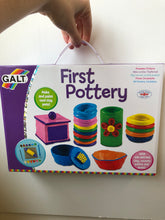 Load image into Gallery viewer, Galt First Pottery Kit