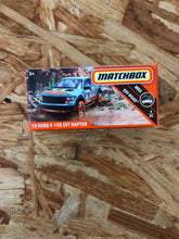 Load image into Gallery viewer, Matchbox cars