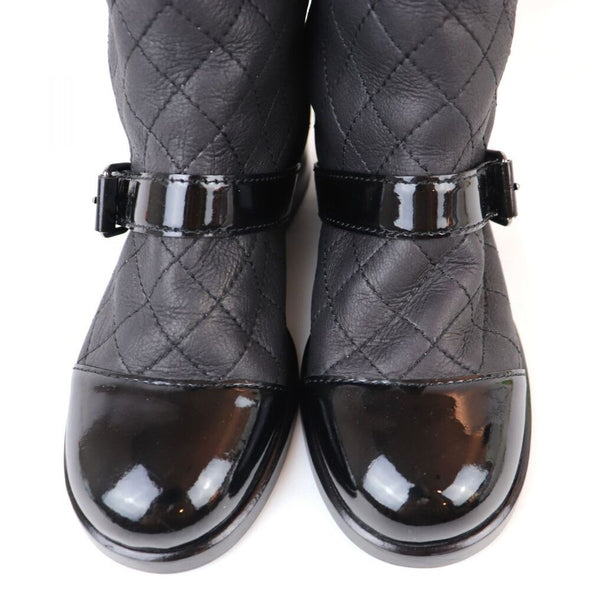 Chanel Matelasse Patent / Leather Quilted Mouton Boots Coco Mark Ladies 34.5C Black