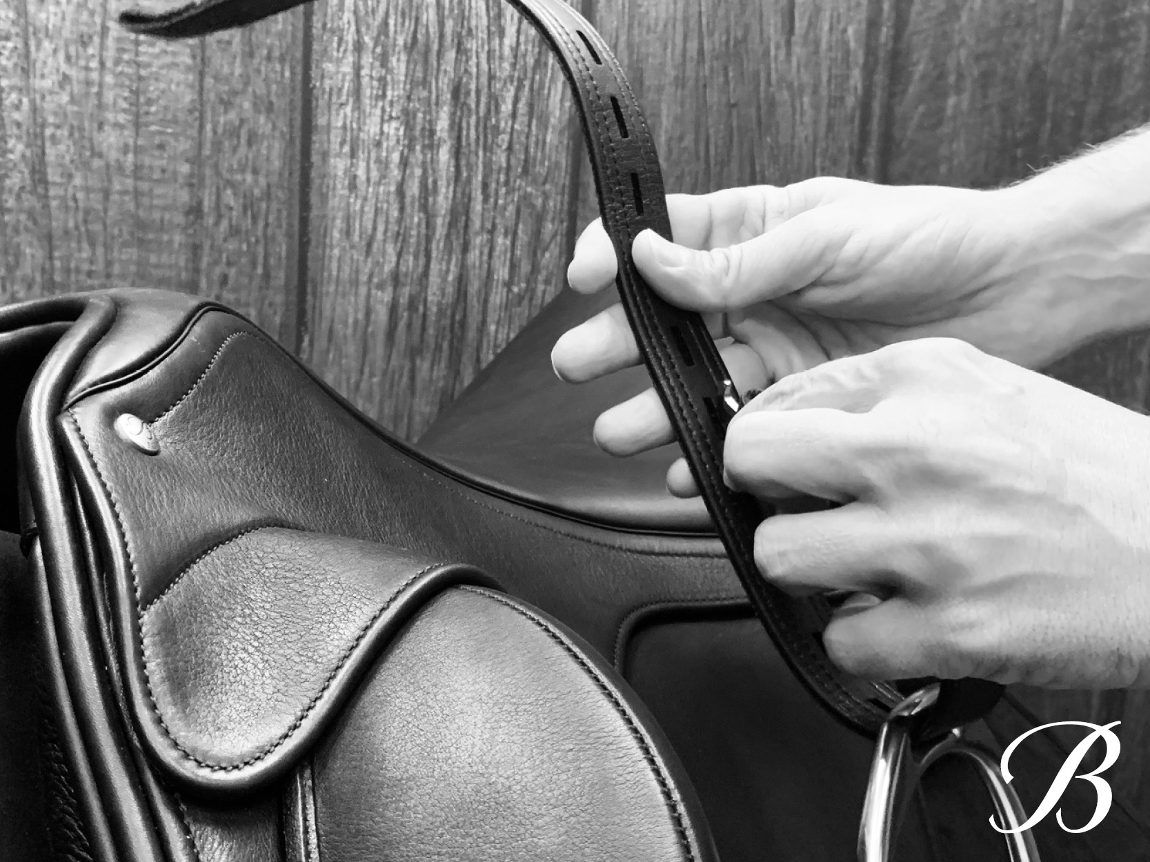 Feel closer to your horse in just 5 minutes with Bates Leather WEBBERS