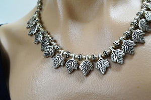 Leaves Metal necklace