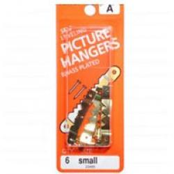 Small Saw Picture Hanger