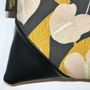 Anthurium Zipper Clutch