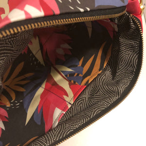 Ginger 'Awapuhi Large Crossbody