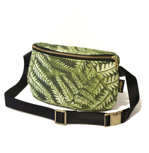 Palapalai Fern Hip Pack
