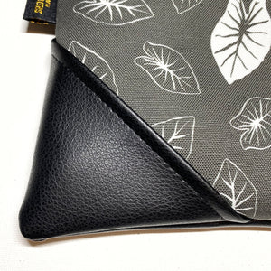 Large Kalo Zipper Clutch