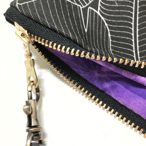 Mini Blackout Banana Leaf Zipper Clutch