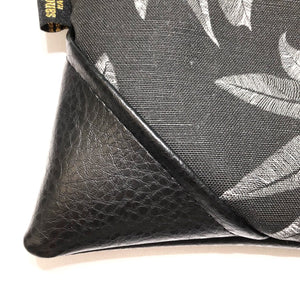 Large Blackout 'Ulu (Breadfruit) Zipper Clutch