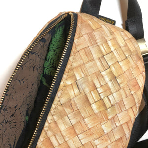 Lauhala Print Hip Pack