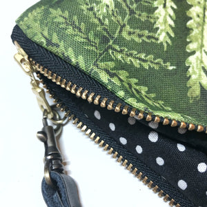 Large Palapalai Hawaiian Fern Zipper Clutch