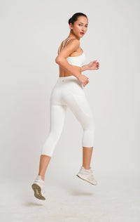 Freely Move Dual Side Pockets 3/4 Tights White