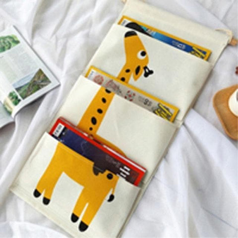 Cartoon Wall Hanging Storage Bag Décor-giraffe