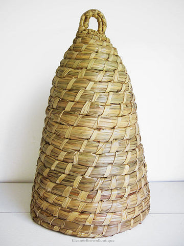 20 Inch Natural Straw Bee Skep for Indoor or Outdoor Use