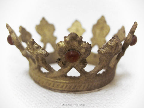 Petite Santos Crown with Rhinestones - Flared