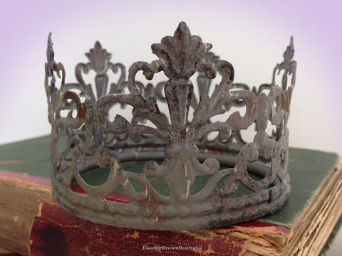 "3 1/8"" Zinc Finish Santos Crown - 'Fleur de Lis' Design"