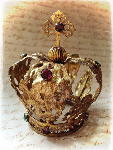 Gilded Jeweled Santos Crown with Cross