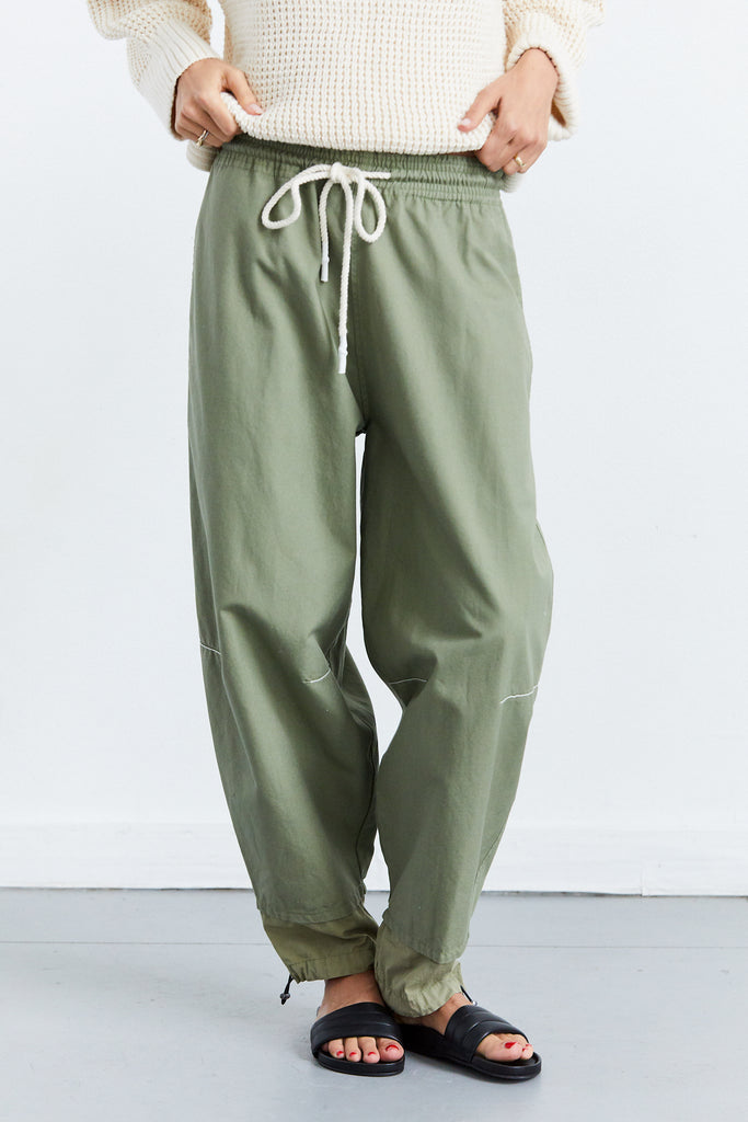 Pull On Parachute Pant