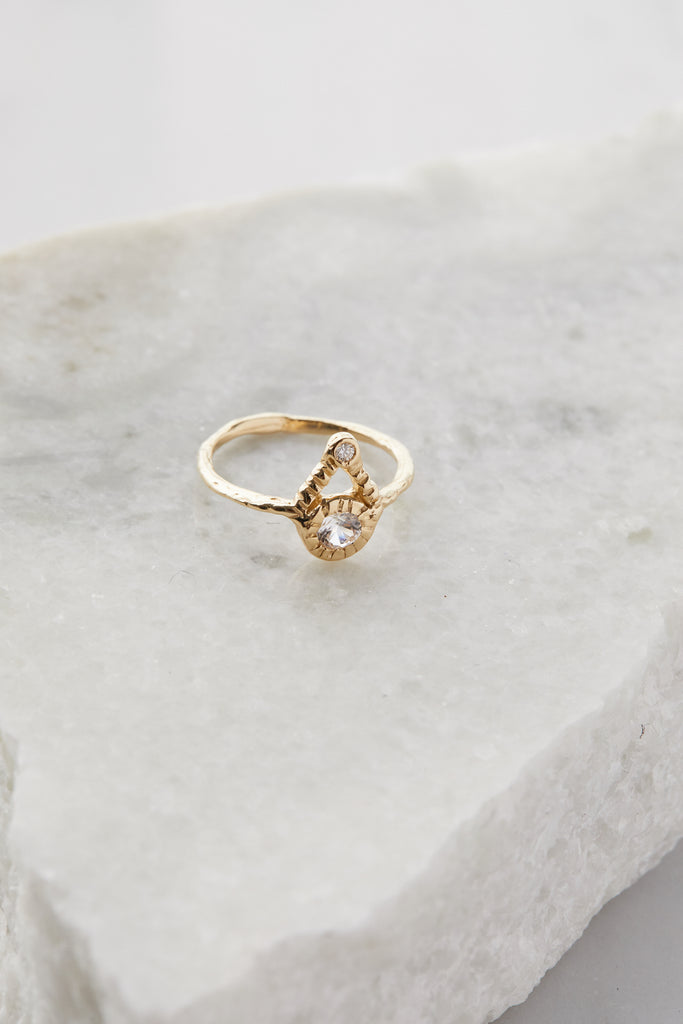 Journey Ring White Sapphire