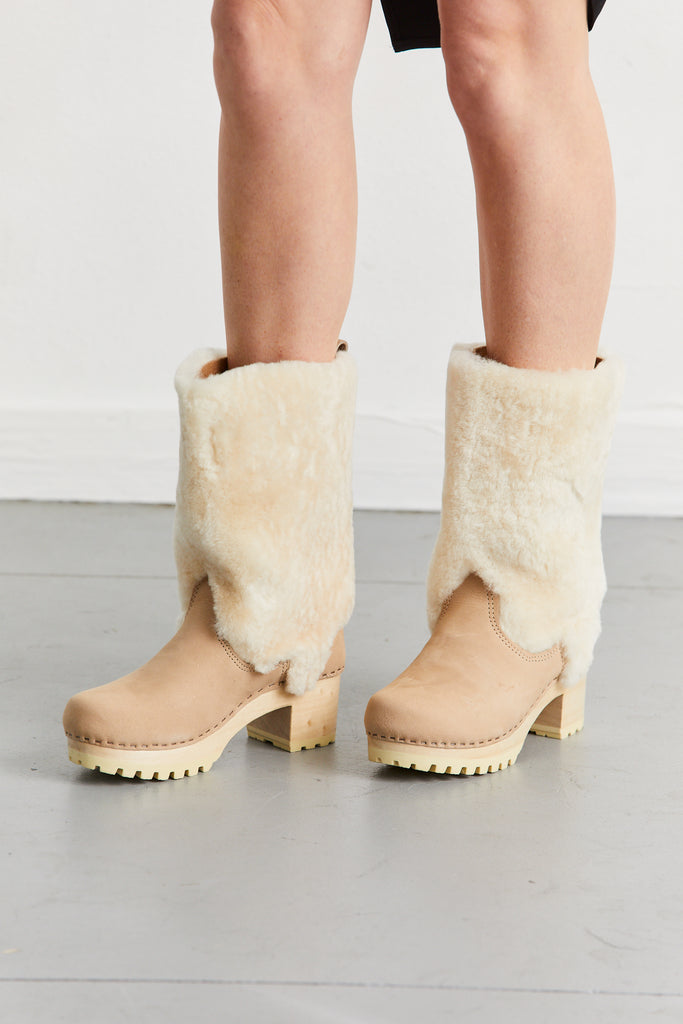 Alpha Shearling Boot on Mid Tread