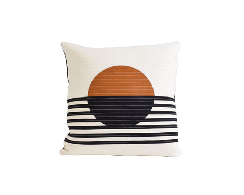 EGG PILLOW 01