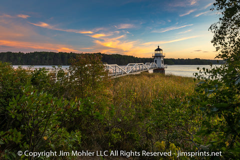 1030 - Doubling Point Light - Sunset