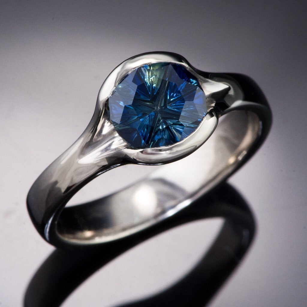 Throwback to this gorgeous one-of-a-kind sapphire ring