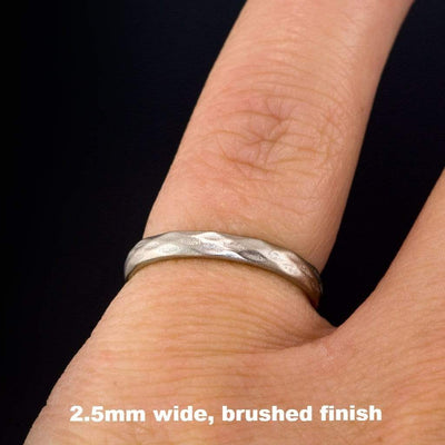 Narrow Diamond Facet Texture Wedding Band