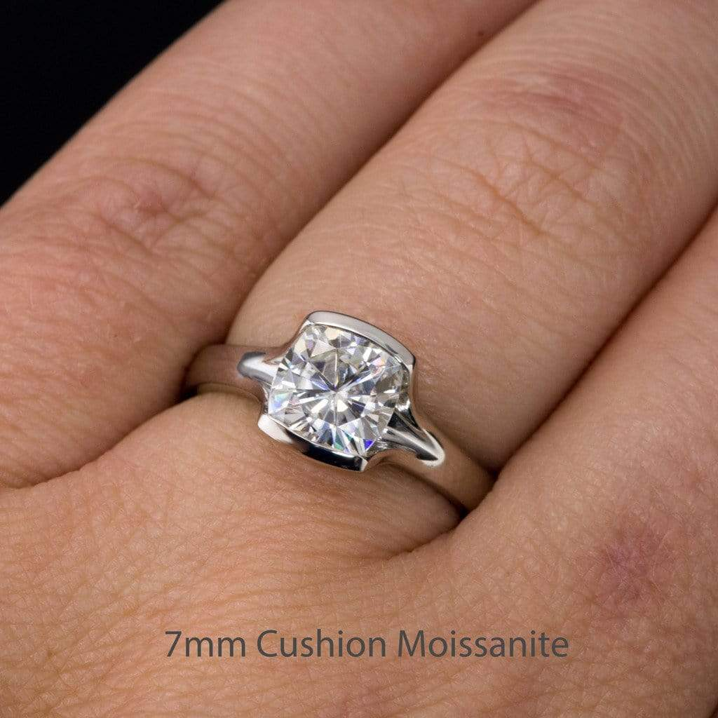 New Cushion Cut Moissanite Fold Semi-Bezel Set Solitaire Engagement Ring GJ95