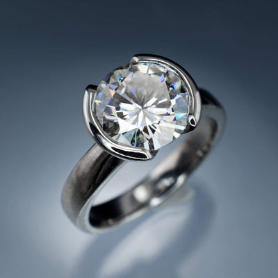 Round Brilliant Cut Moissanite Stone