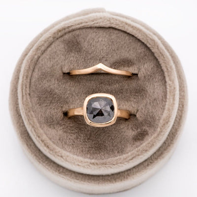 Soft Suede Gift Box for Rings, Pendants, Earrings